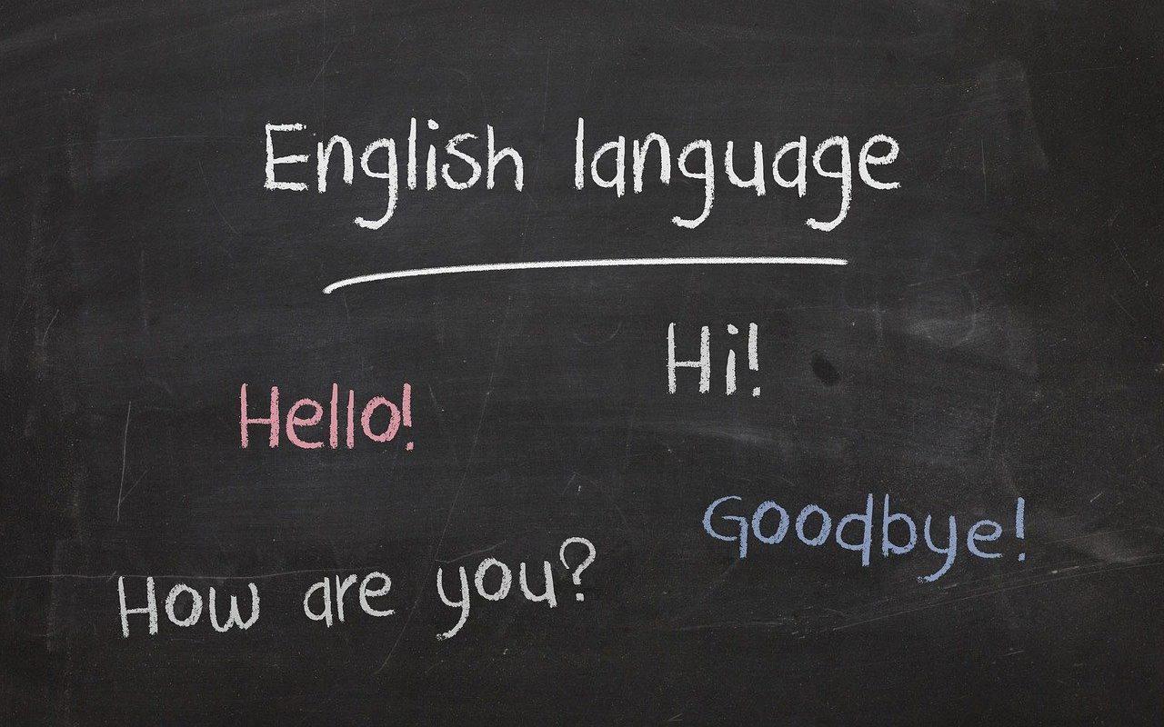 英語の文字が書いてあるボード
